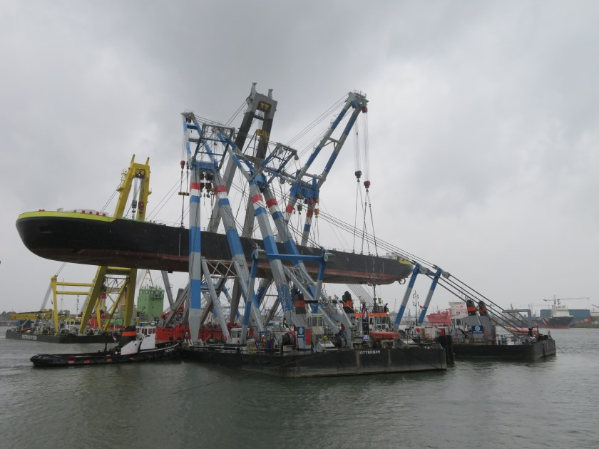 Port of Rotterdam Heavy Lift with 5 Floating Cranes