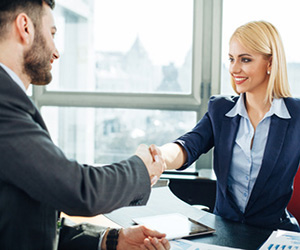 project manager handshake