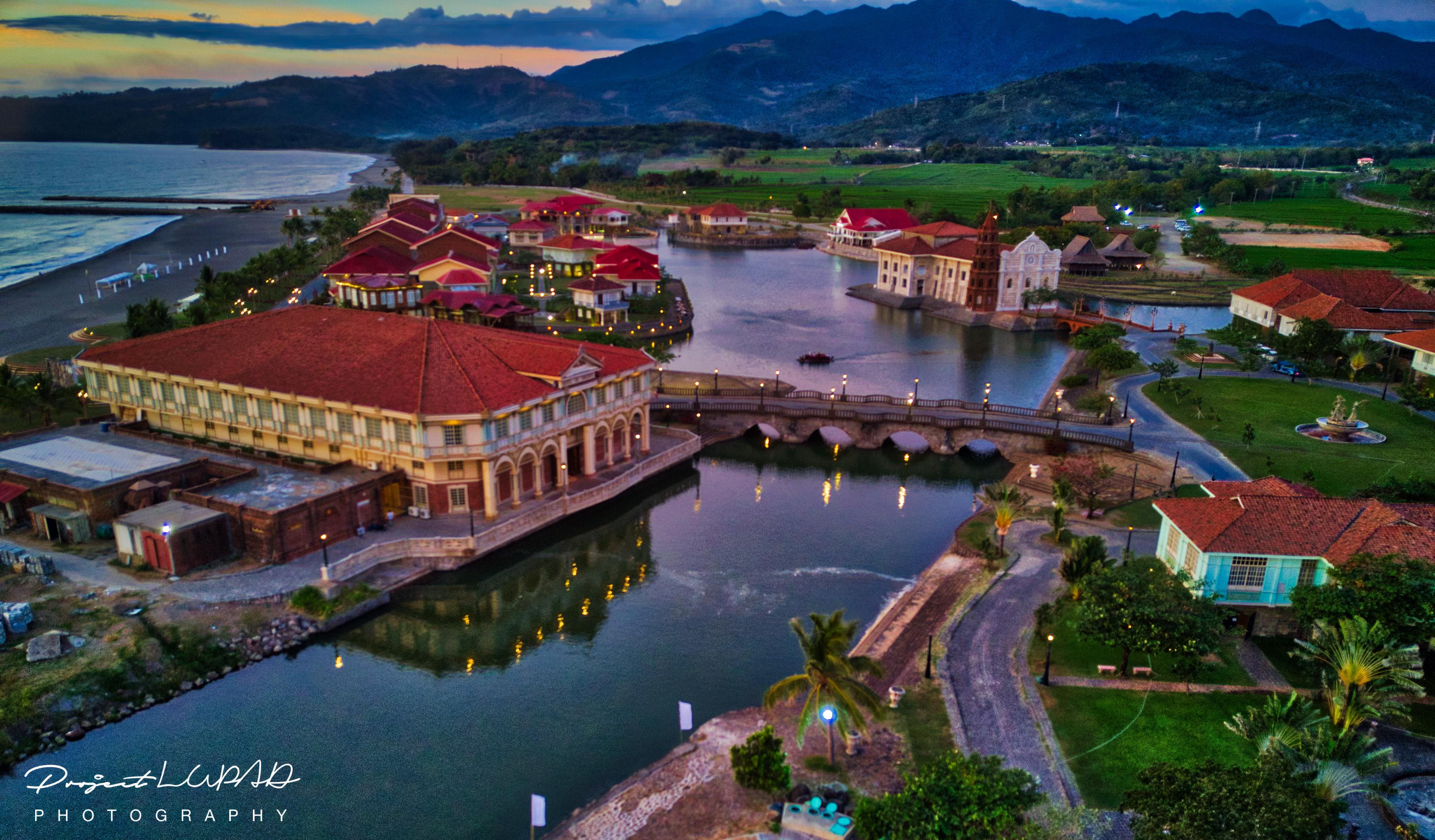 Photos las casas filipinas de acuzar aerial view - La casa de la mampara ...