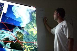 night time briefing in palau with bentprop.org