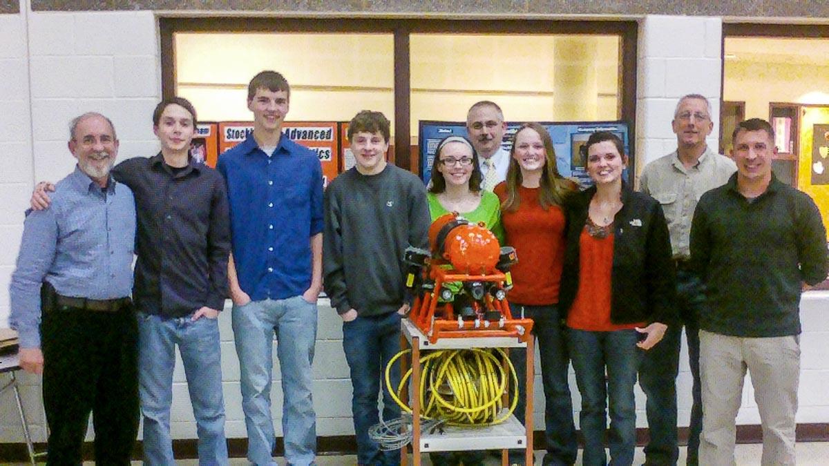 Stockbridge high school students underwater robotics team