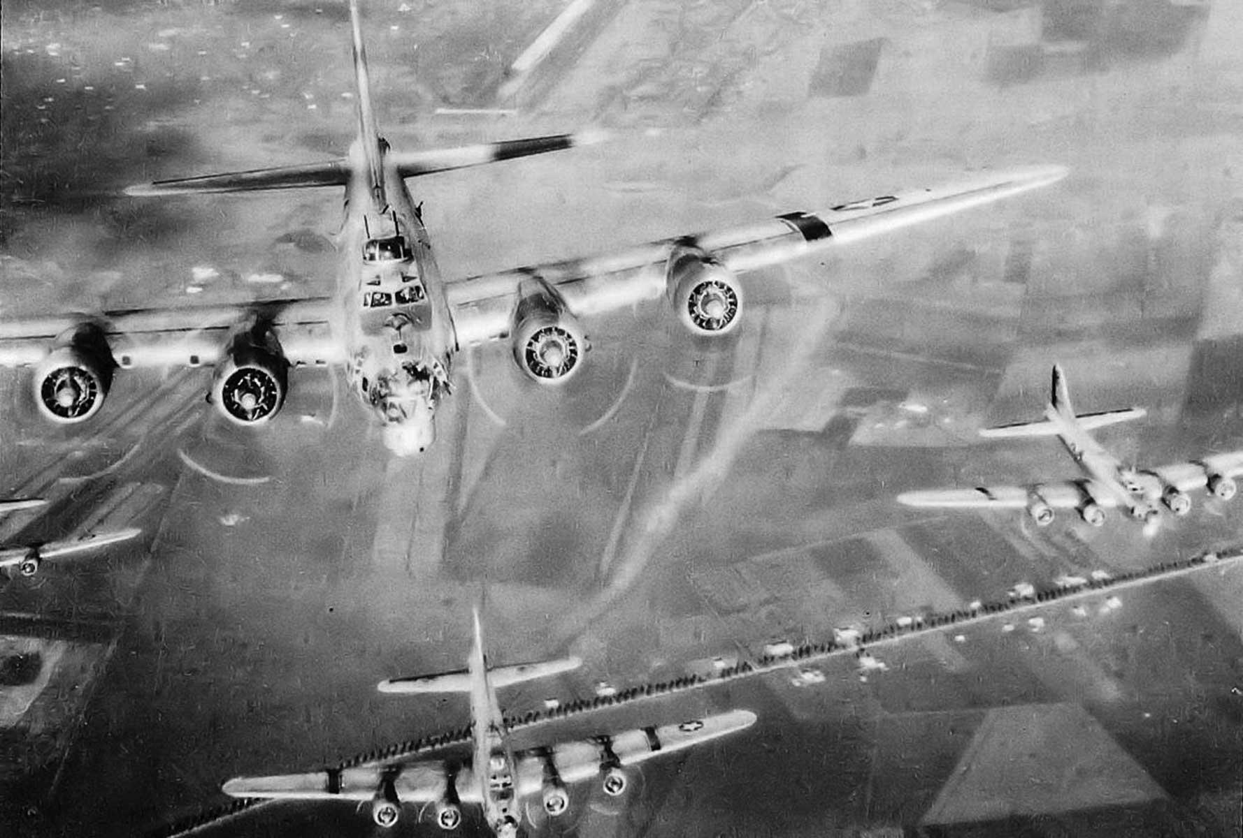 B-17s Amendola Takeoff 1944