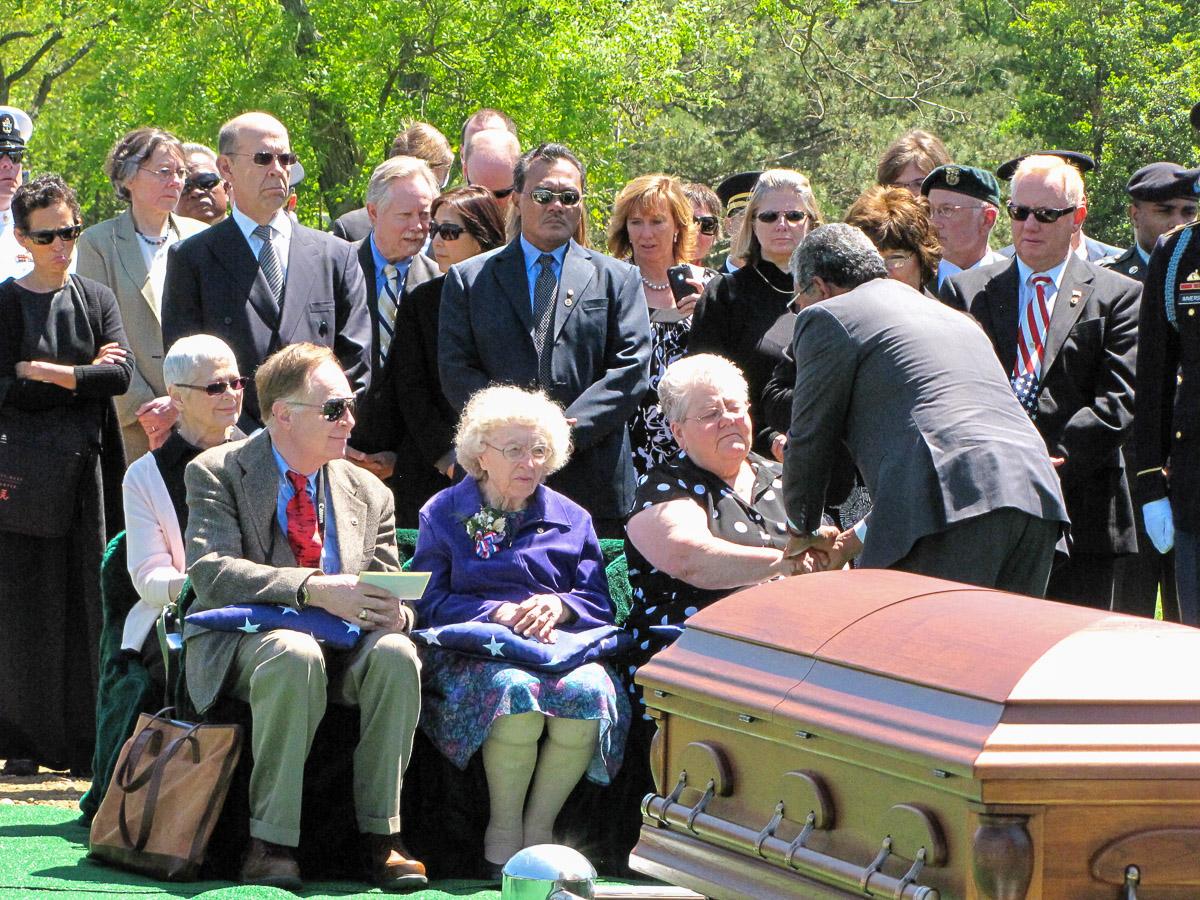Arnett B-24 Arlington Burial 2010
