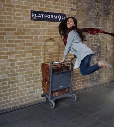 Janelle Kay, Harry Potter, Platform 9 3/4.jpg