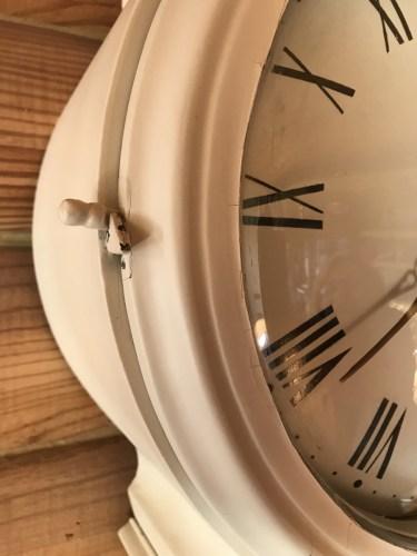 Mora Clock Face Latch