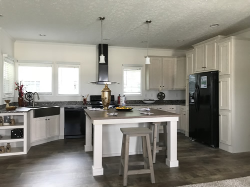 Large Kitchen - Model Modular at Clayton Homes – Project Small House
