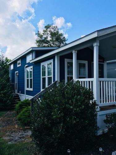 See Inside the Tardis Tiny House – Project Small House