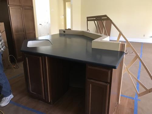 Beautiful! - Cobalt Blue Corian Countertops in the Kitchen - Schumacher Homes Cross Creek – Project Small House
