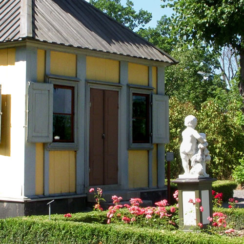 Detail of the front of the Emanuel Swedenborg Summer House - Inspiration: Swedish Summer House