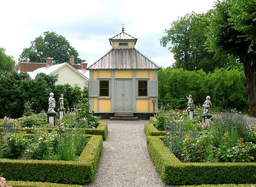The small Summer House to enjoy pleasant weather - Inspiration: Swedish Summer House