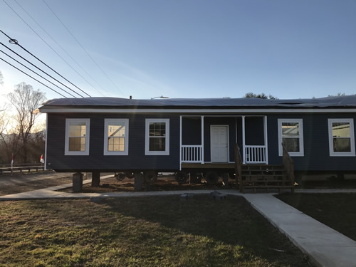 The front of the Archdale Double Wide as they are setting it up - Archdale Modular or Double Wide – Project Small House