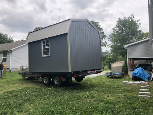 The trailer can lift in any direction, too