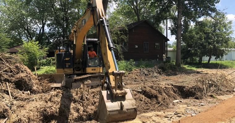 Meadowbrook Terrace Streambank Restoration Day 1