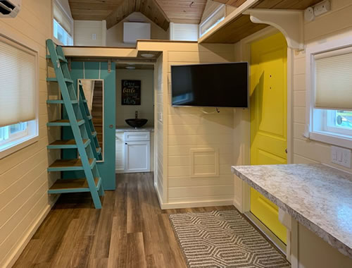 Move-in Ready 1 Bed, 1 Bath 192 Sq/Ft Tiny House