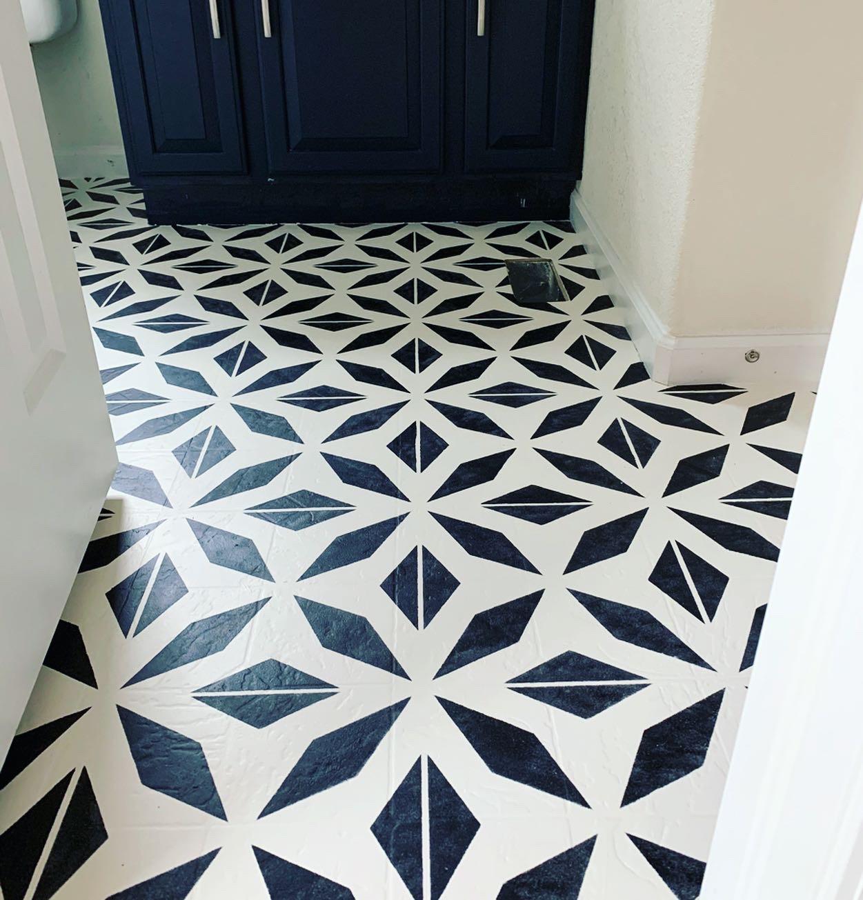 How to Paint Linoleum Floors   DIY Stenciled Pattern Floors ...
