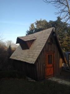 Holzschindeln auf dem Dach