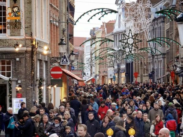 Estava exagerando quando disse que a quantidade de gente parecia a do carnaval da Bahia?