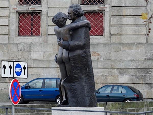 Estátua Amor de Perdição Porto