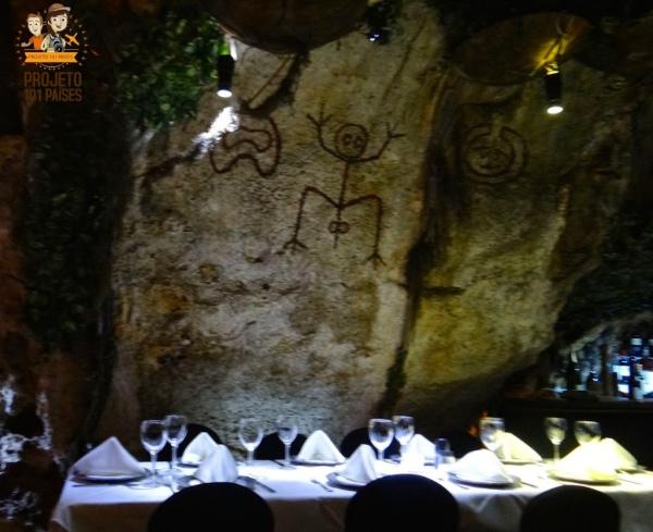 Caverna El Meson de La Cava
