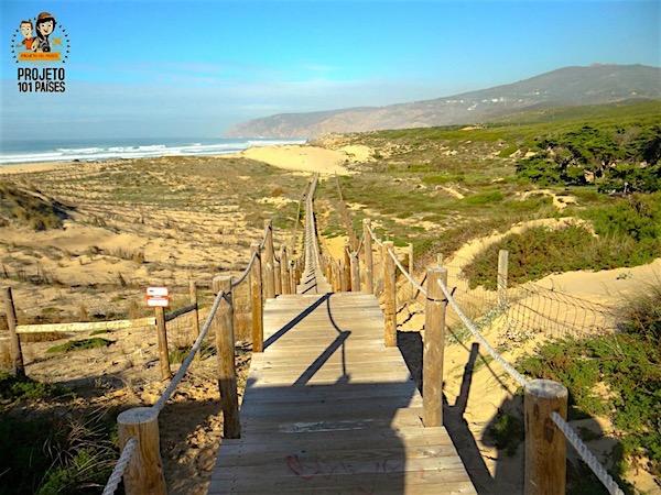 Caminho no Parque Natural Sintra-Cascais que leva até a Praia do Guincho