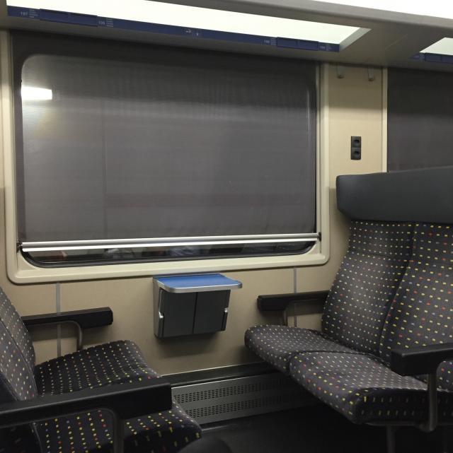 Dentro do trem em Genebra