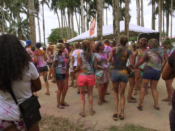 Todo mundo colorido!