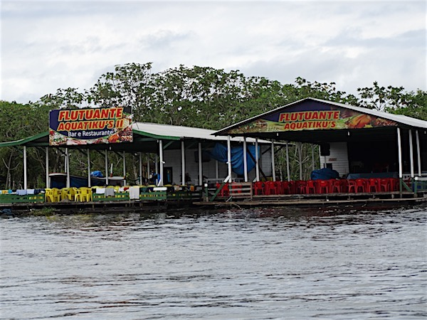 Restaurantes flutuantes