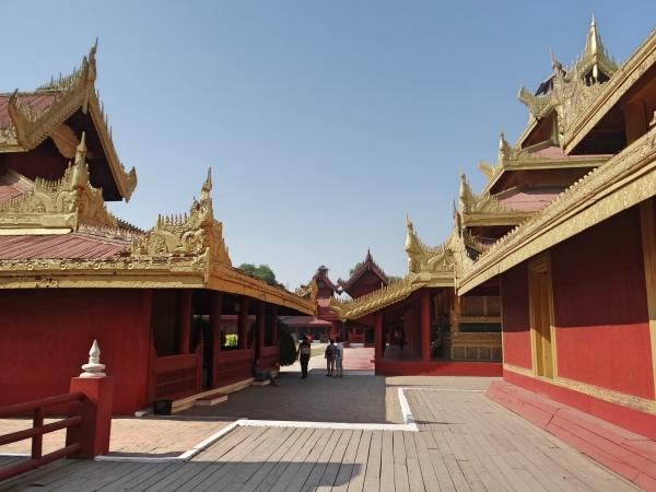 Dentro Royal Palace Mandalay