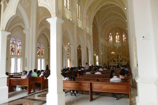 vista-interna-da-catedral