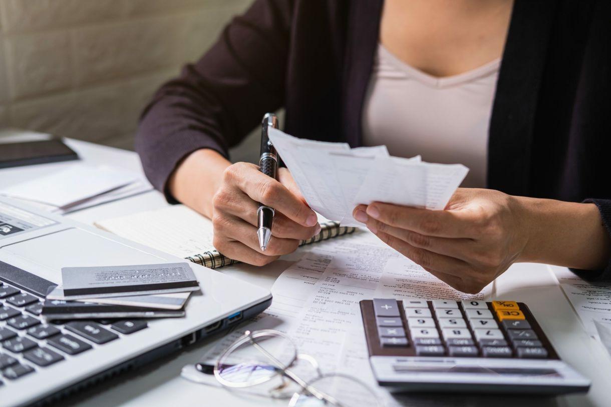 Precisa de ajuda na declaração de Imposto de Renda 2020?