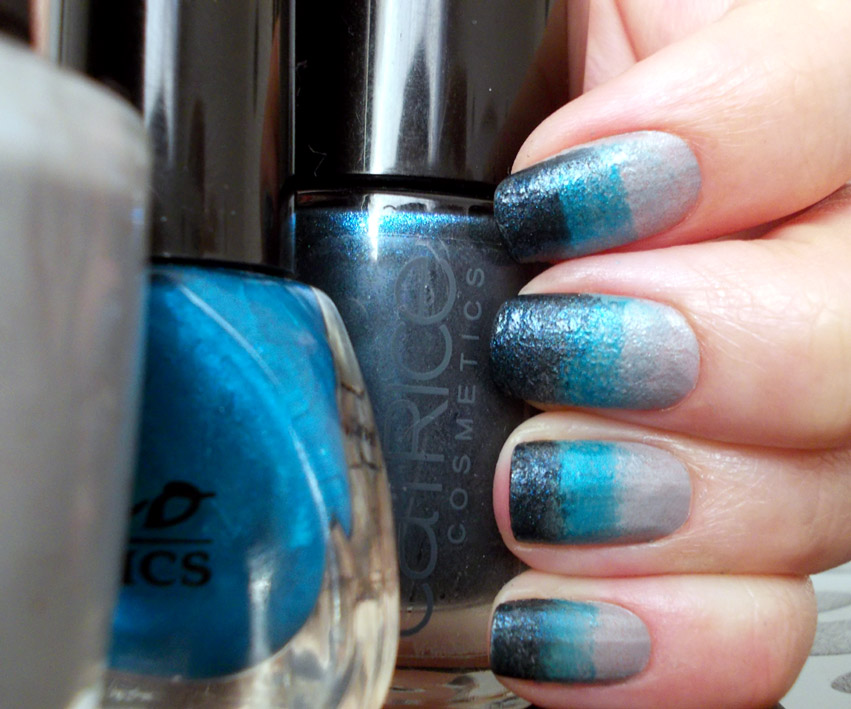 Blue Gradient Nail Art products used