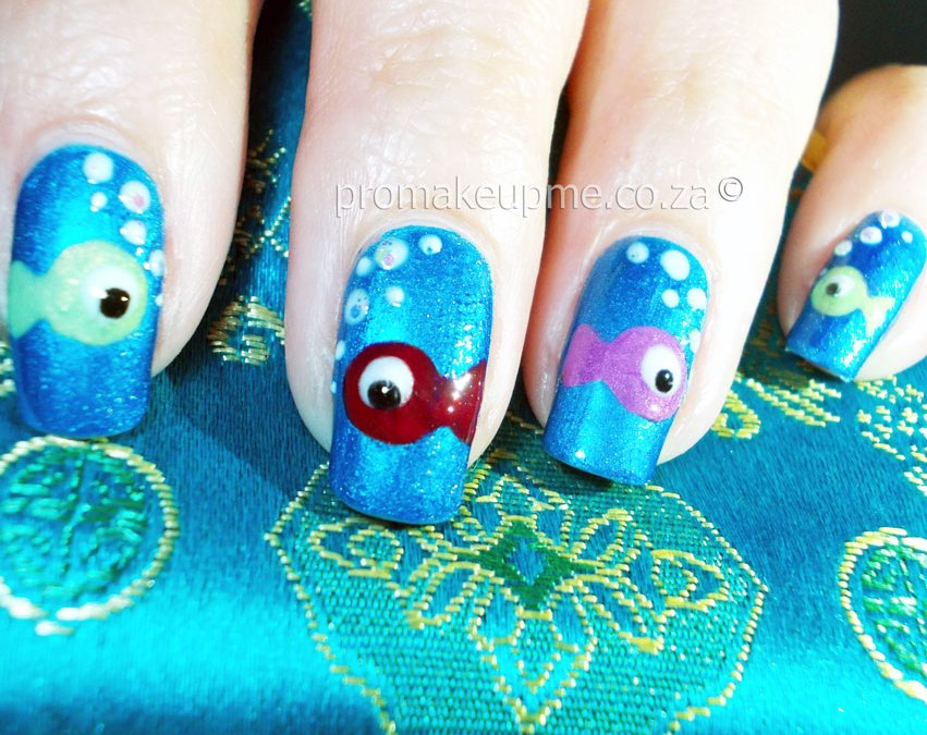 Aquarium Fish Nail Art