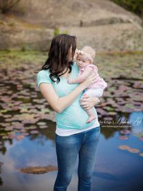 Botha Family Maternity Shoot MakeUp Pond