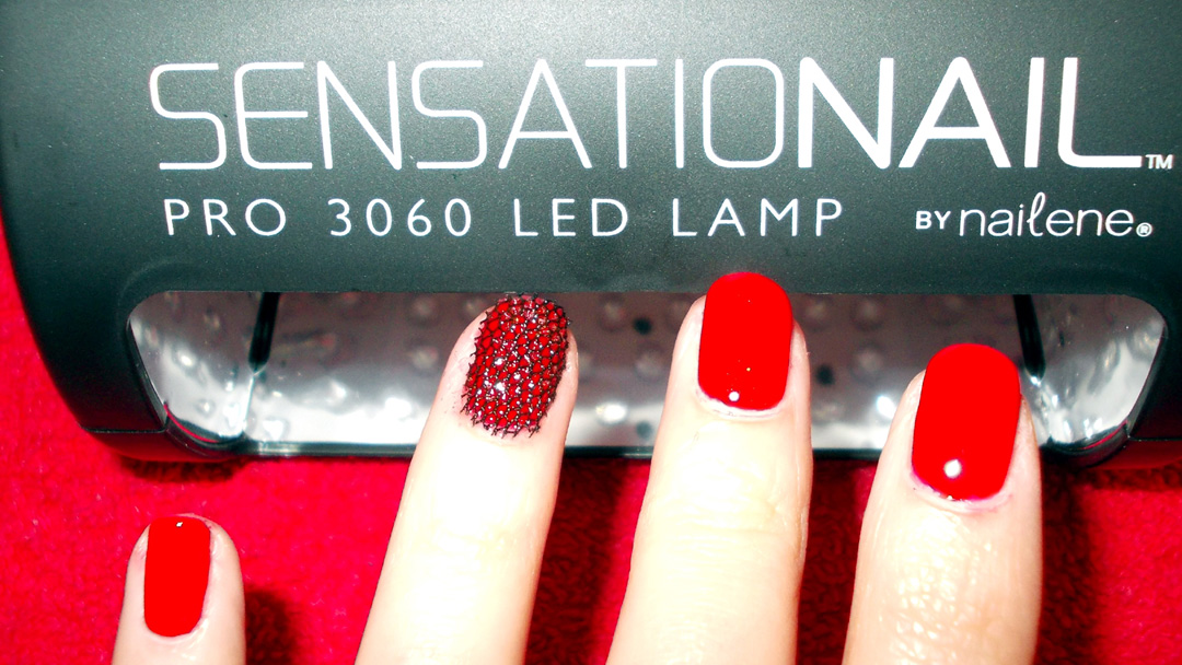 SensatioNail Invincible Gel Polish Lace Accent Nail