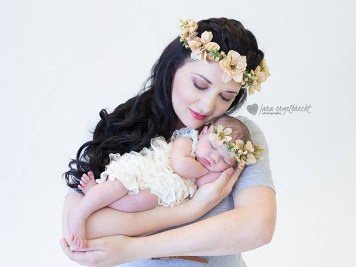 Lauriaan Newborn Shoot MakeUp Hair