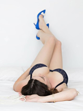 Anet Boudoir Shoot MakeUp legs