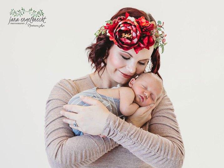 Lee-Anne Newborn Photos MakeUp Flower Crown