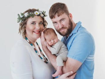 Liezel Newborn Shoot Flower Crown