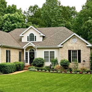 landscaping tips to sell home
