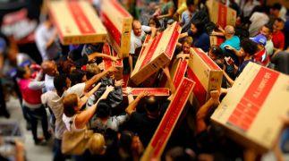 Lojas Carrefour realizam promoções em diversos setores