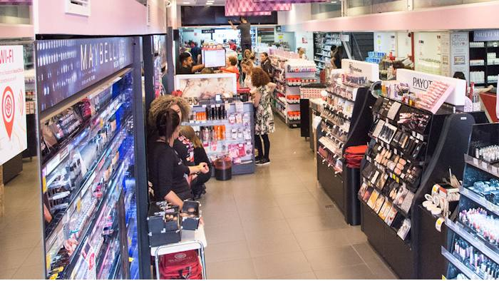 Promoções das lojas Ikesaki em Maquiagens, Perfumaria e Cosméticos