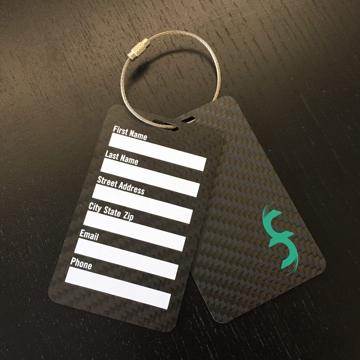 Common Fibers - Carbon Fiber Luggage and Bag Tags