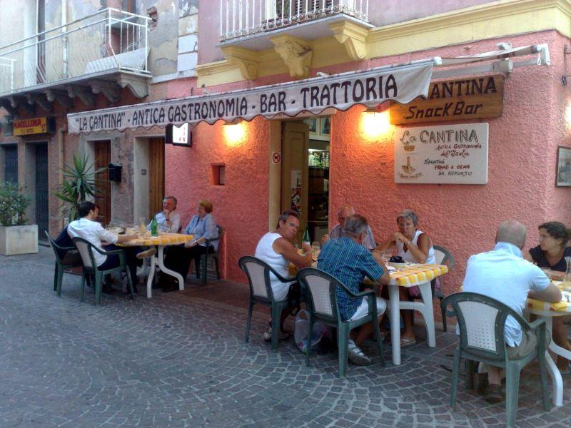 Trattoria Bar Gastronomia La Cantina Carloforte