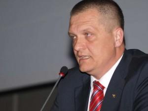 dr. Laurențiu Belușică