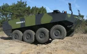 vehicule blindate Piranha III,