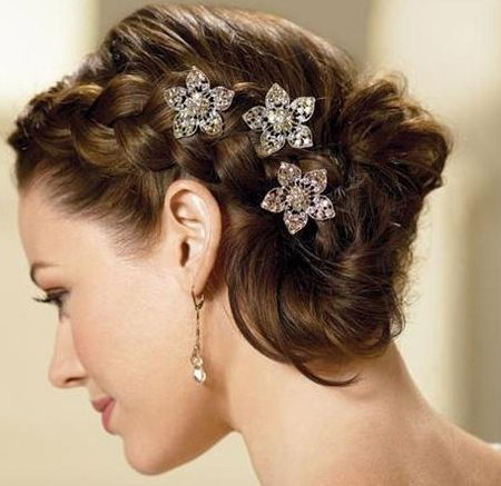 escape the ordinary with these prom night hairstyles