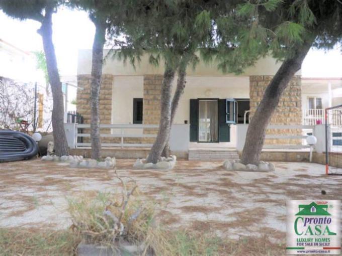 Pronto Casa: Villa fronte mare Donnalucata Scicli in Vendita a Donnalucata Foto 1