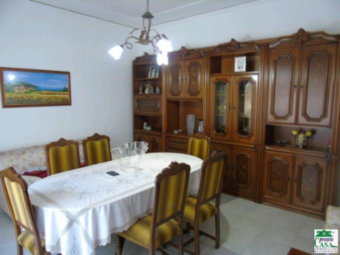 Pronto Casa: Appartamento 5 locali a Modica in Affitto a Modica Foto 1