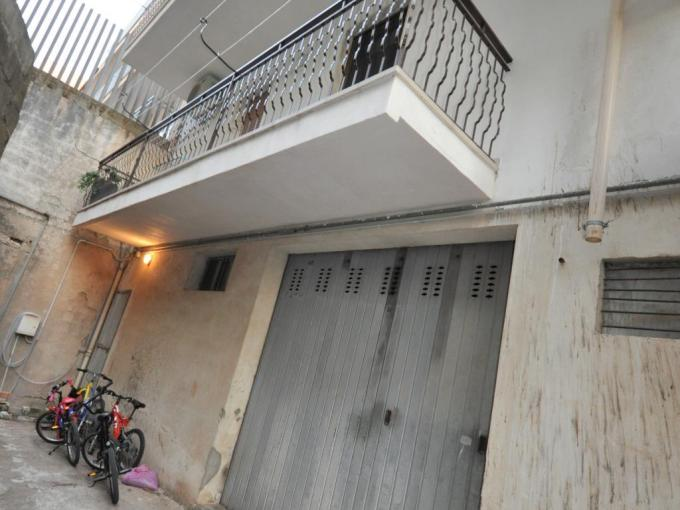 Pronto Casa: SPAZIOSO E LUMINOSO APPARTAMENTO in Vendita a Ragusa Foto 1