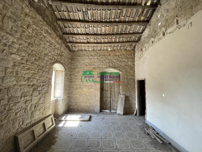 Pronto Casa: Casa singola da rifinire a Modica Alta in Vendita a Modica Foto 1